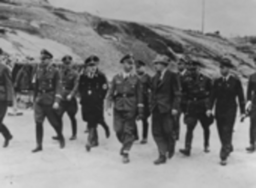 Himmler in Mauthausen (photo: DÖW)